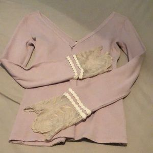 FREE PEOPLE blush colored top with lace sleeves